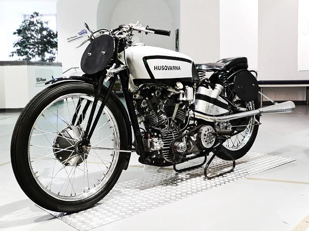 Vintage Husqvarna 496 racer