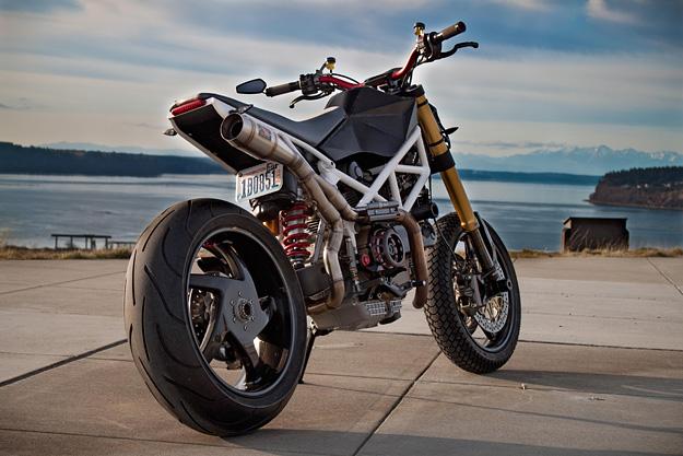 Hypermotard Ducati