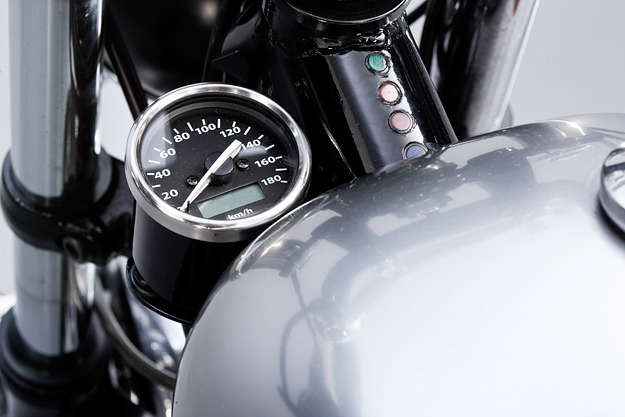 Kawasaki W650 cafe racer