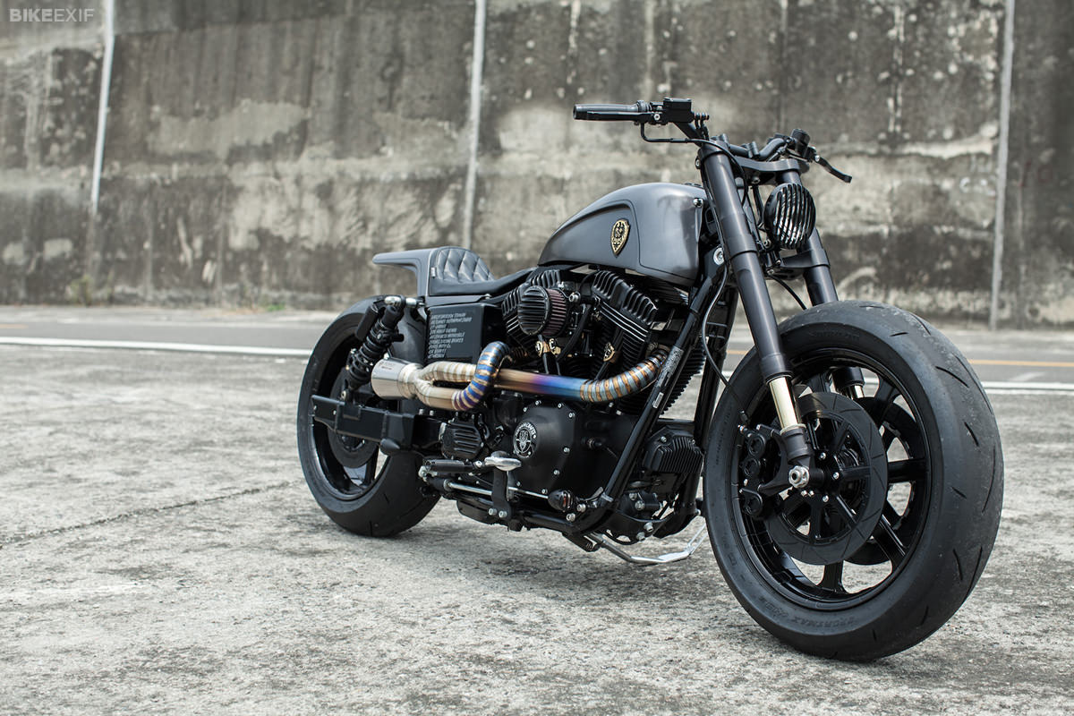 Custom Harley-Davidson Dyna built by Winston Yeh of Rough Crafts.