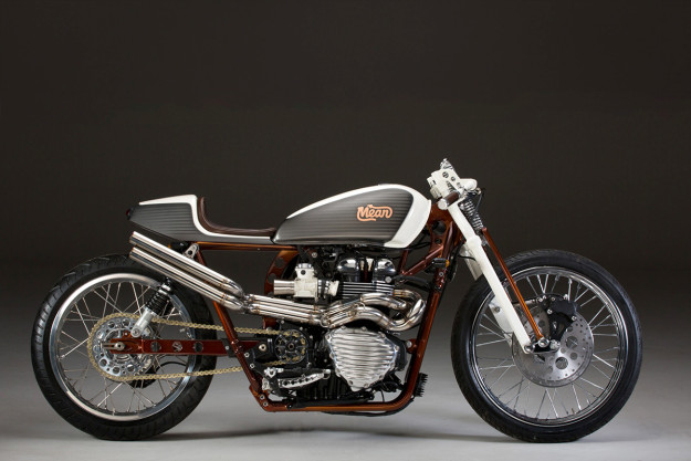 Giving the modern Triumph Bonneville a board tracker vibe: MeanMachines shows the way.