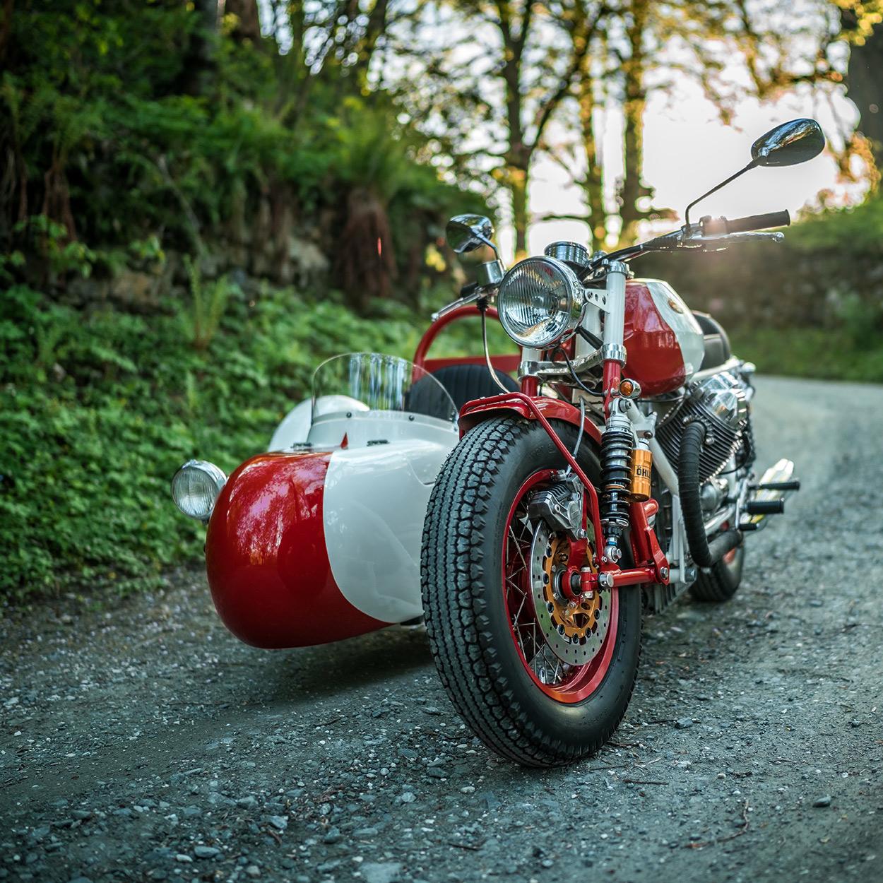 http://kickstart.bikeexif.com/wp-content/uploads/2016/05/moto-guzzi-sidecar-1.jpg