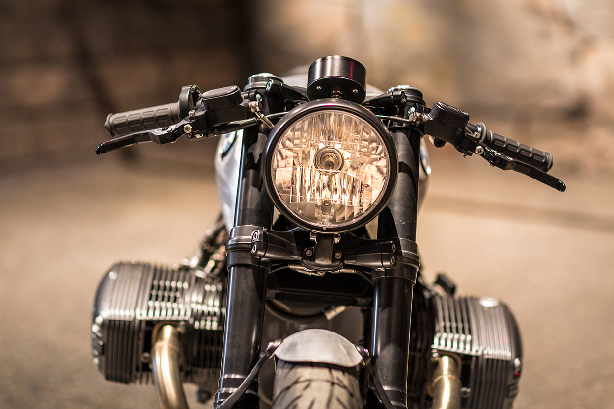 rise of the oilheads: an ice-cool bmw r1150 cafe racer   bike exif