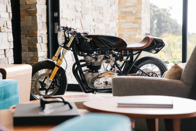 Triumph T140 cafe racer by Deus Customs
