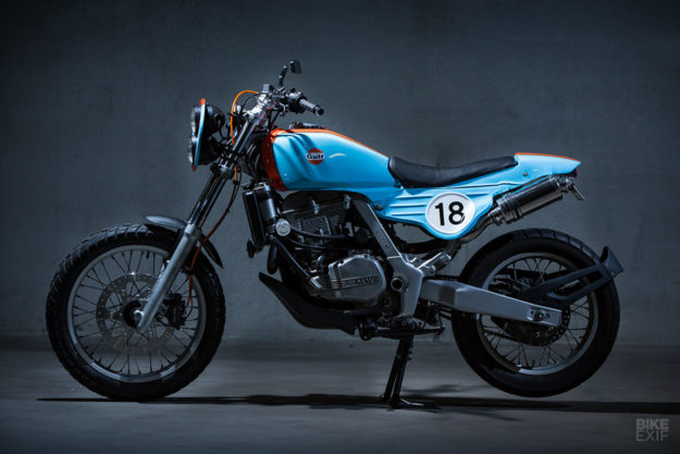 funduro a rare bmw f650 in gulf racing colors. Black Bedroom Furniture Sets. Home Design Ideas