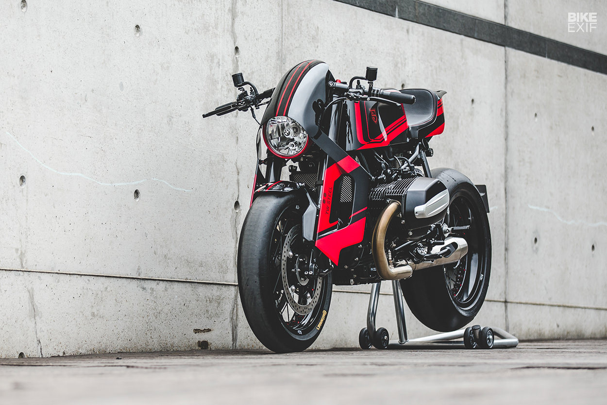 Moksha: A BMW R nineT from Sinroja and TW Steel