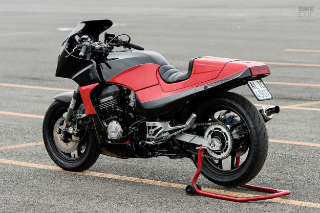 Channeling Top Gun: A Kawasaki GPZ900R hot rod from Italy