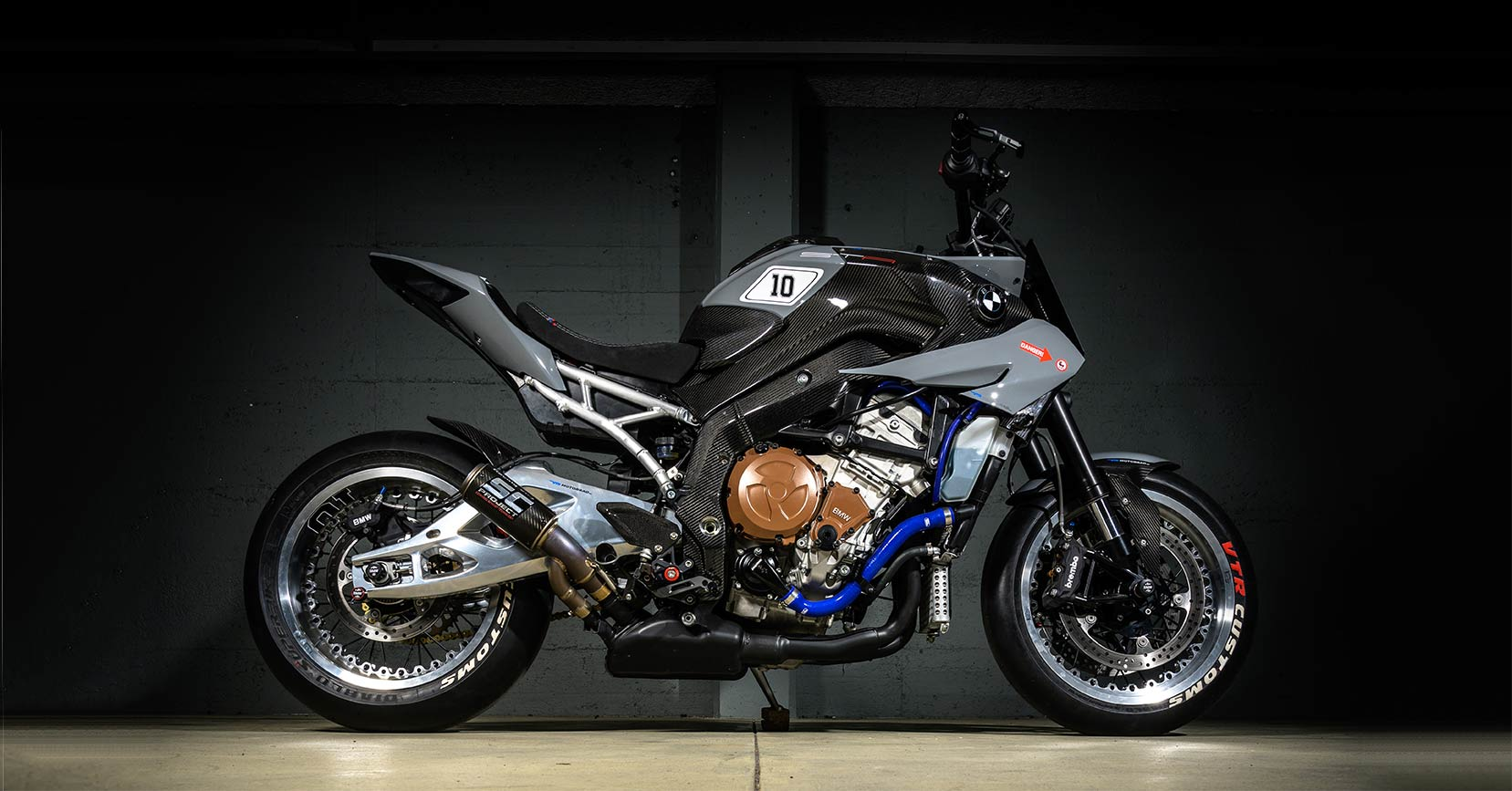 Two by Four: A pair of wild BMW S1000 customs from VTR