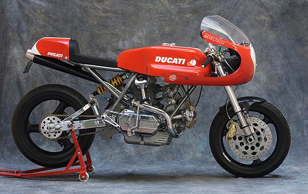 1975 Ducati Desmo by BevelTech