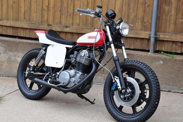 Yamaha SR500 tracker customized by Giannis of Speed Junkies