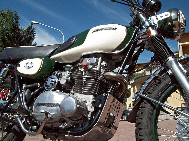 Kawasaki W400 custom by McDeeb
