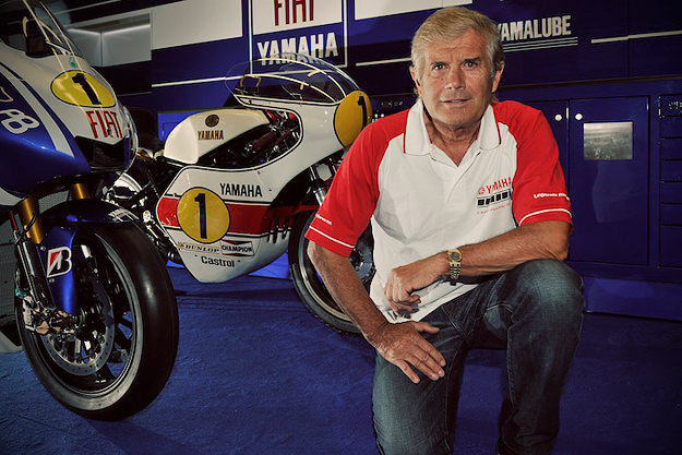 Giacomo Agostini with 1975 Yamaha YZR500 OW23 and YZR-M1 at 2010 Dutch TT. Image by http://picasaweb.google.com/motoracereports