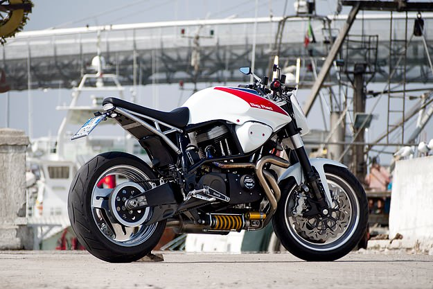 Custom Buell X1 Lightning by Officine RossoPuro