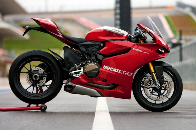 Motorcycle design highlights: the Ducati Panigale R.