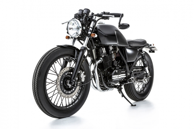 Honda GB250 customized by the Australian workshop Ellaspede.
