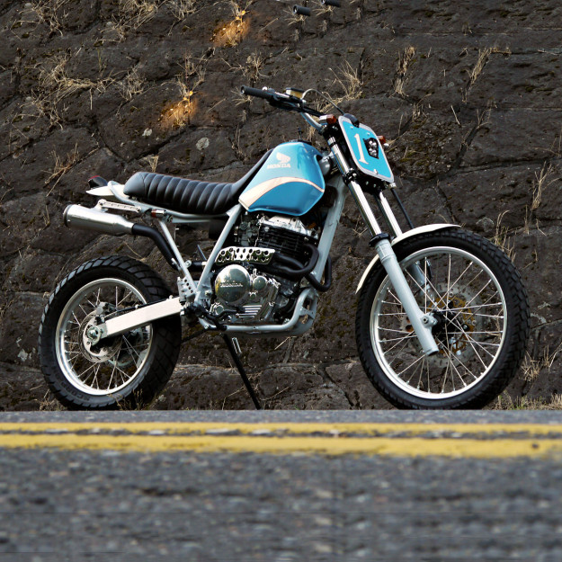 XR650L customized by Digital Directiv
