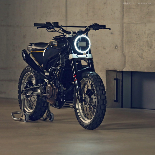 The Husqvarna 401 Svart Pilen 'Black Arrow' motorcycle concept.