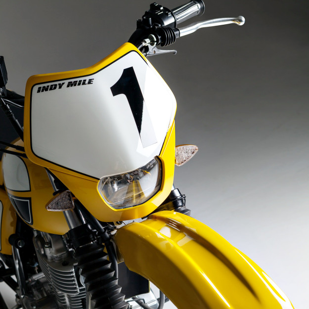 Channeling Kenny Roberts: Gasolina's tracker-style SR400 custom.