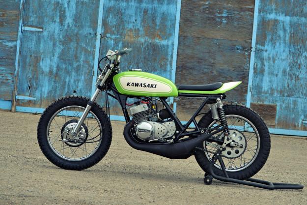 The Mach Chicken: A smoking hot Kawasaki S1 flat tracker.