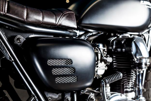 Spanish Style: Kawasaki W650 by Macco Motors.