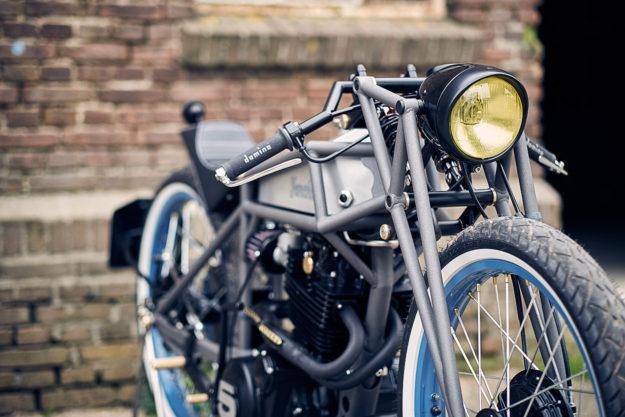 Maarten Poodt's Yamaha XT550 Board Tracker