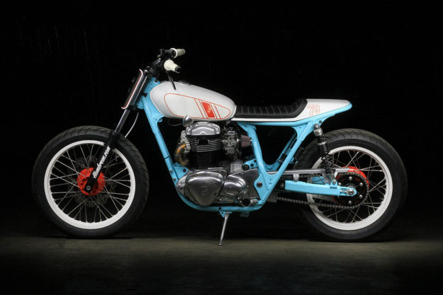 Kawasaki W650 tracker by Hombrese