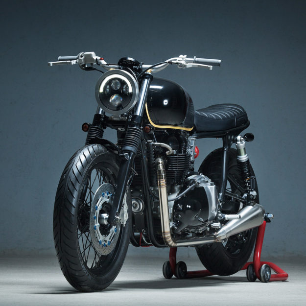 Showstopper: A Triumph Bonneville custom by Kiddo Motors.