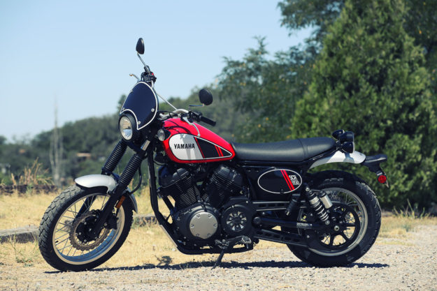 Review: The 2017 Yamaha SCR950 scrambler motorcycle.