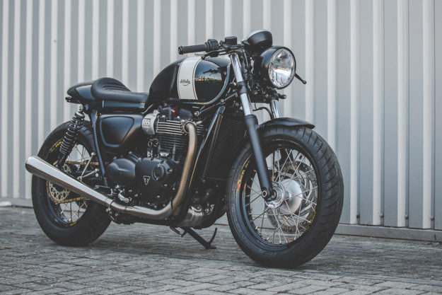 Triumph Street Twin by deBolex Engineering