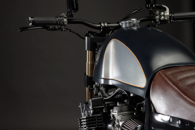 Custom Yamaha XJR 1200 by Jorge Rodrigues