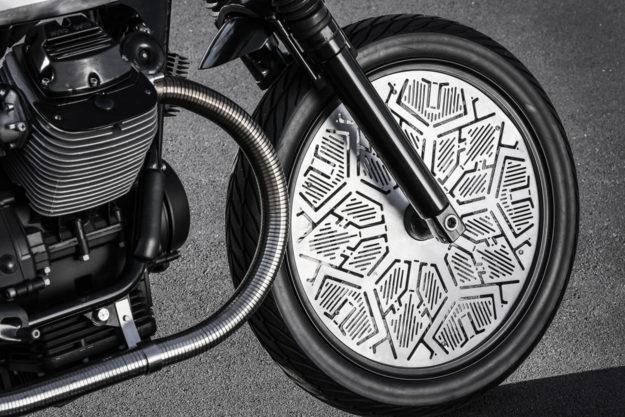 Tomoto: The Tom Dixon x Venier Moto Guzzi V7