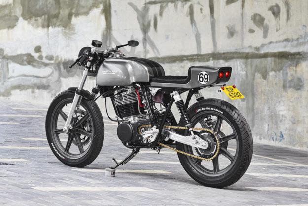 Grey Power: Angry Lane's Yamaha SR500 cafe racer