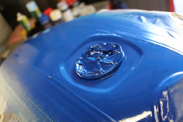 Painting a motorcycle: the second coat