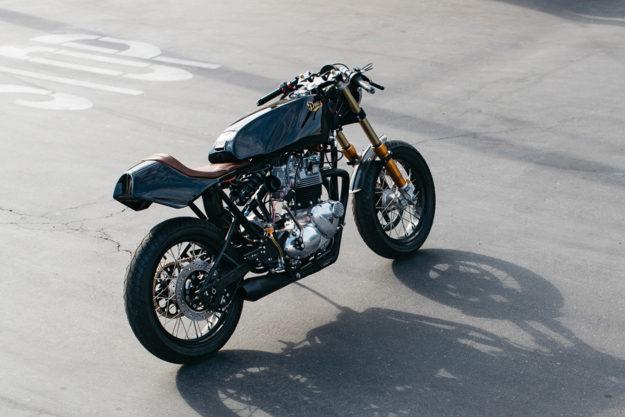 Triumph T140 cafe racer by Deus Customs