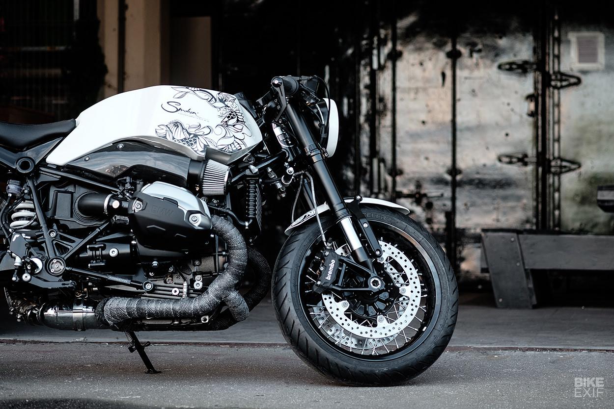 bmw-r-ninet-smokin-motorcycles.jpg