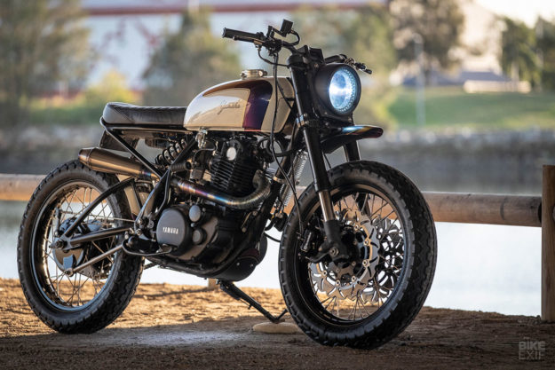 A hot-rodded Yamaha SR500 scrambler by Simple Sycles