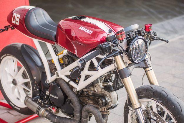 Ducati Monster 1100 EVO cafe racer by Marc Roissetter