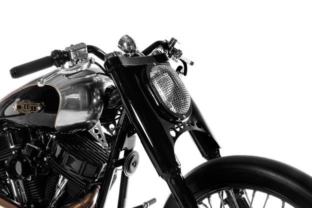 Custom Heritage Softail: One Way Machine's Drag-Inspired Quartermile