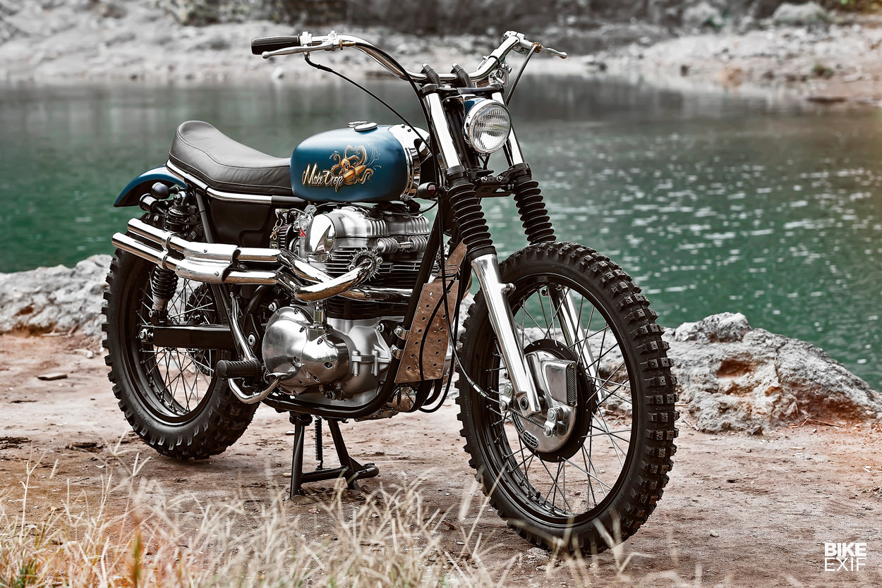 Kawasaki W650 scrambler by Mark Huang