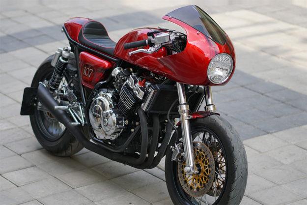 Honda CB400 Super Four by Papnman Modified