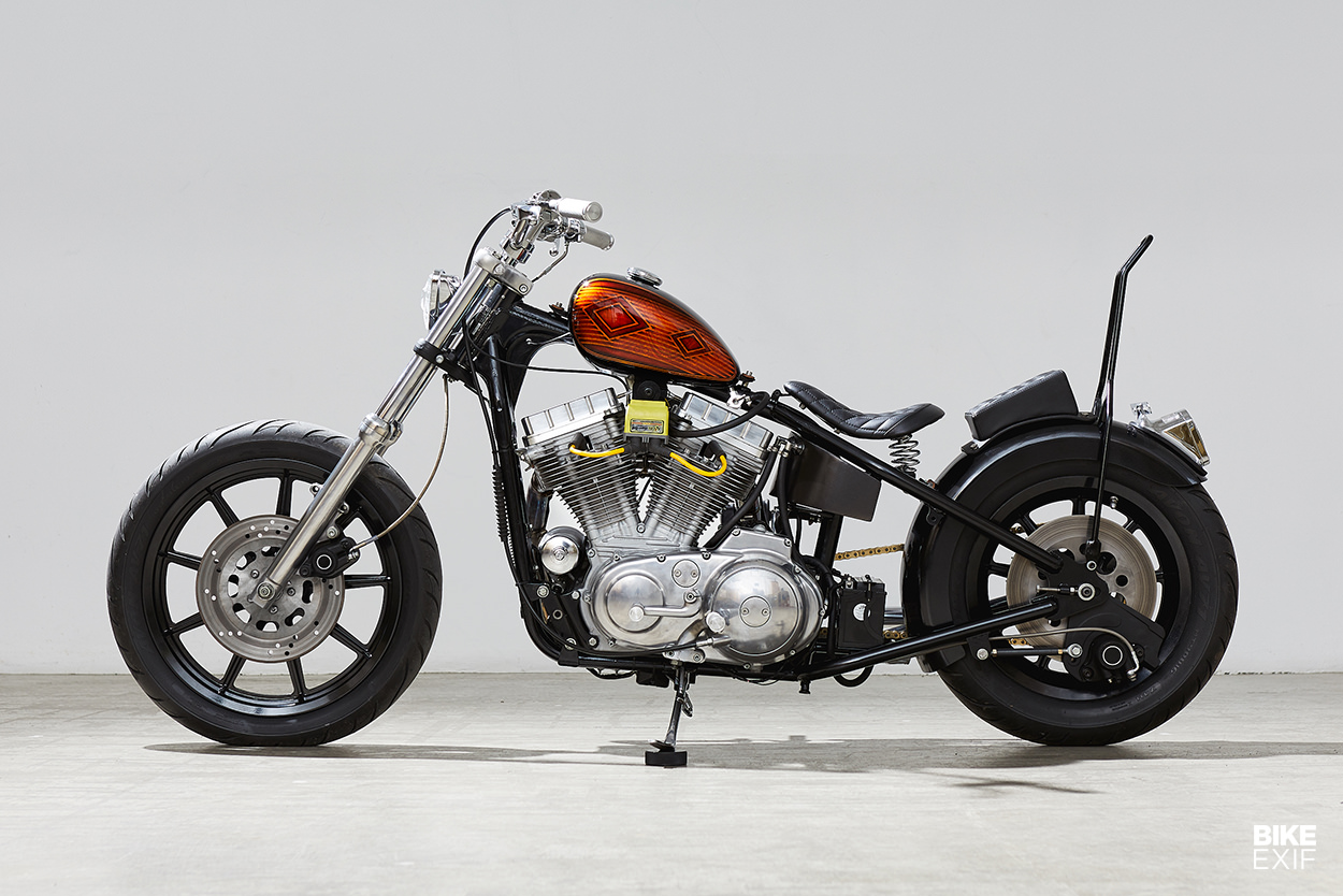Harley 883 bobber by Canadian Nick Acosta of Augment Collective