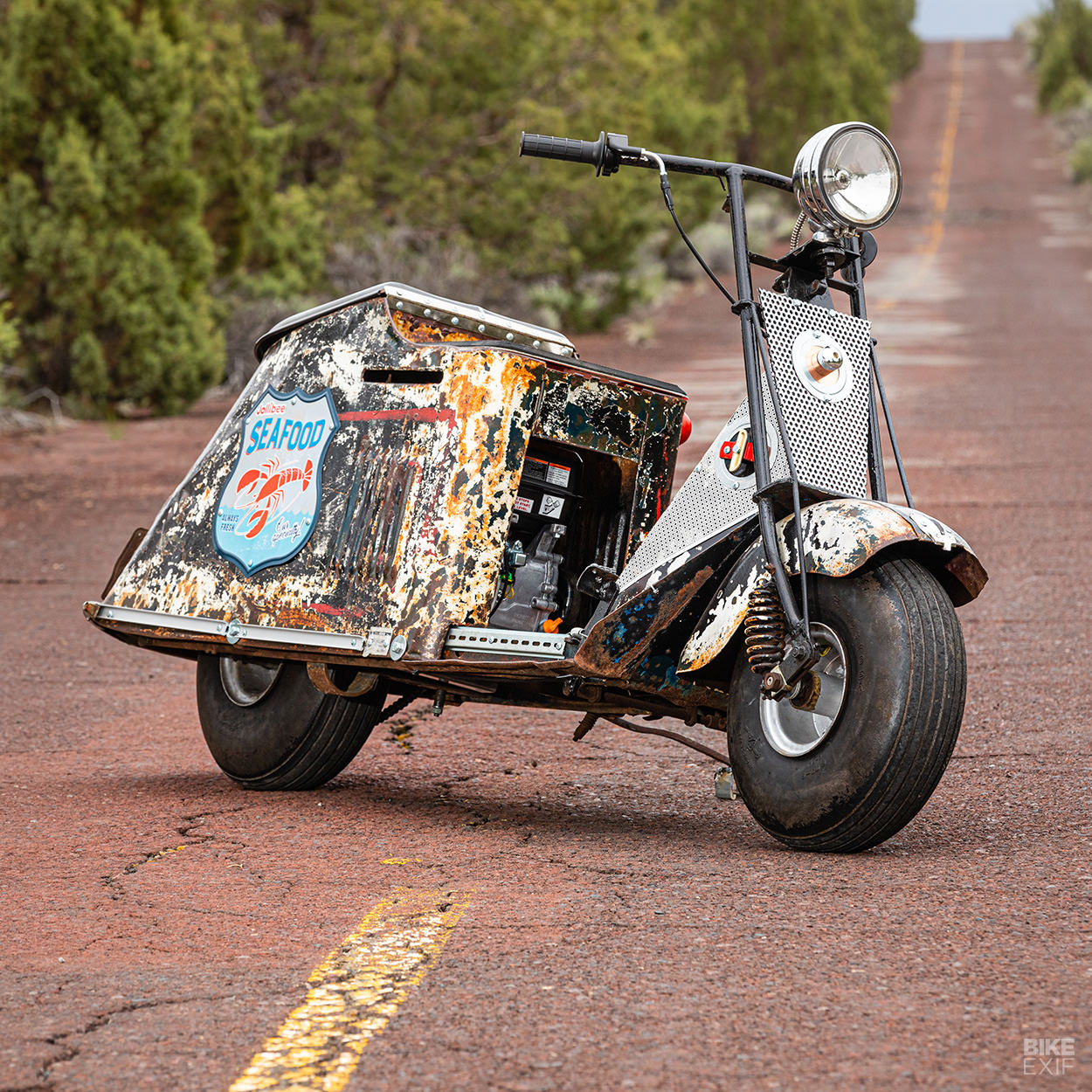 1947 Cushman 60 Series motor scooter