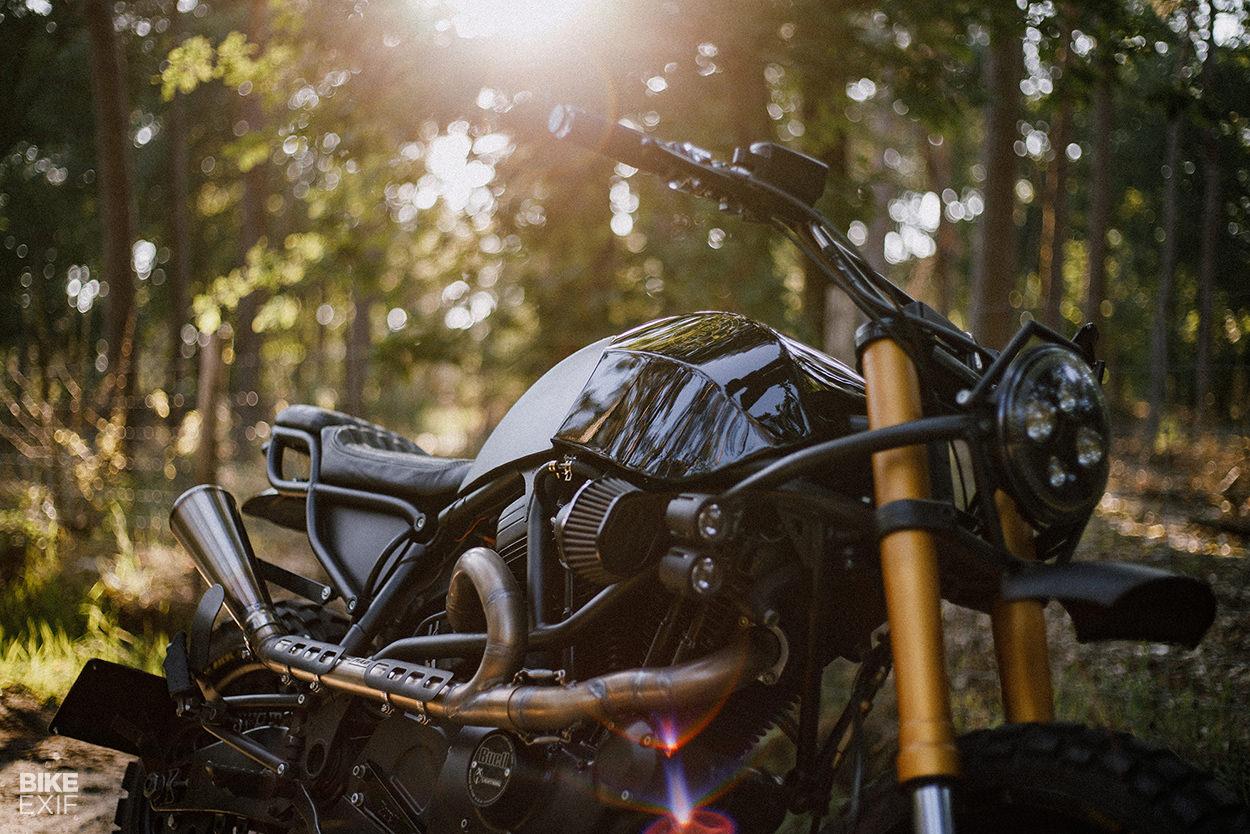 Custom Buell X1 Lightning scrambler by Moto Adonis