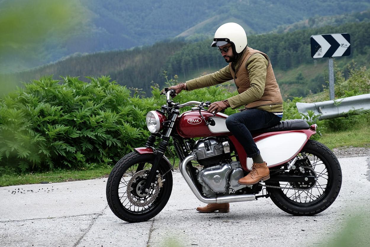 Custom Royal Enfield Interceptor 650 by BAAK Motocyclettes