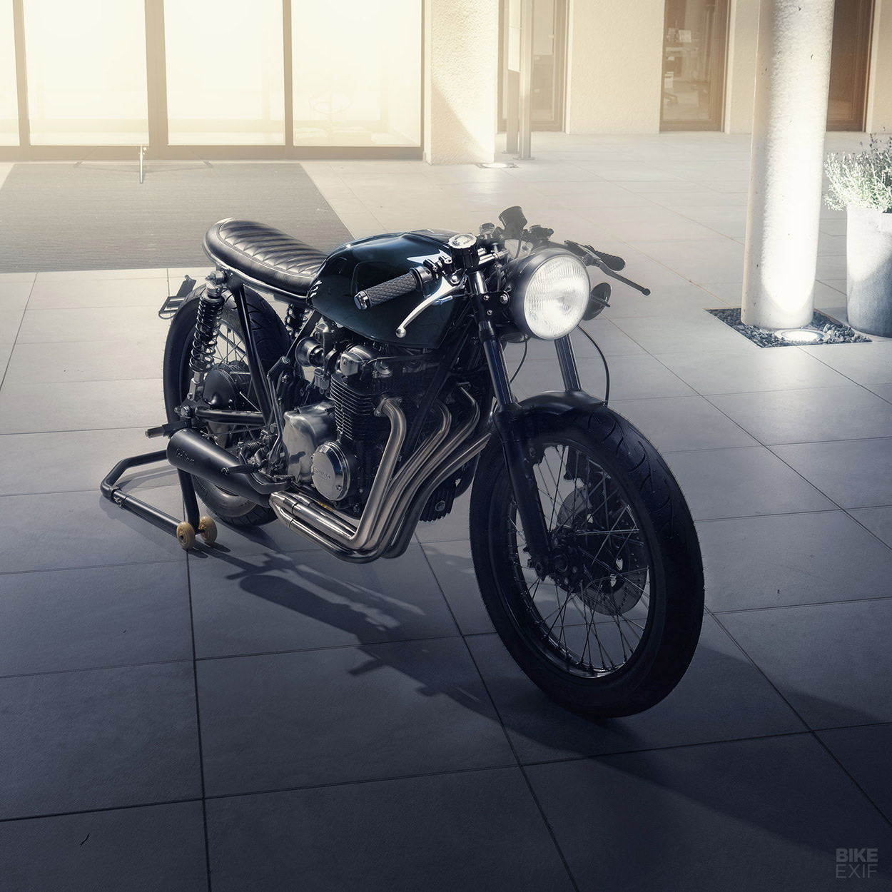 Honda CB550 cafe racer by Elemental Custom Cycles