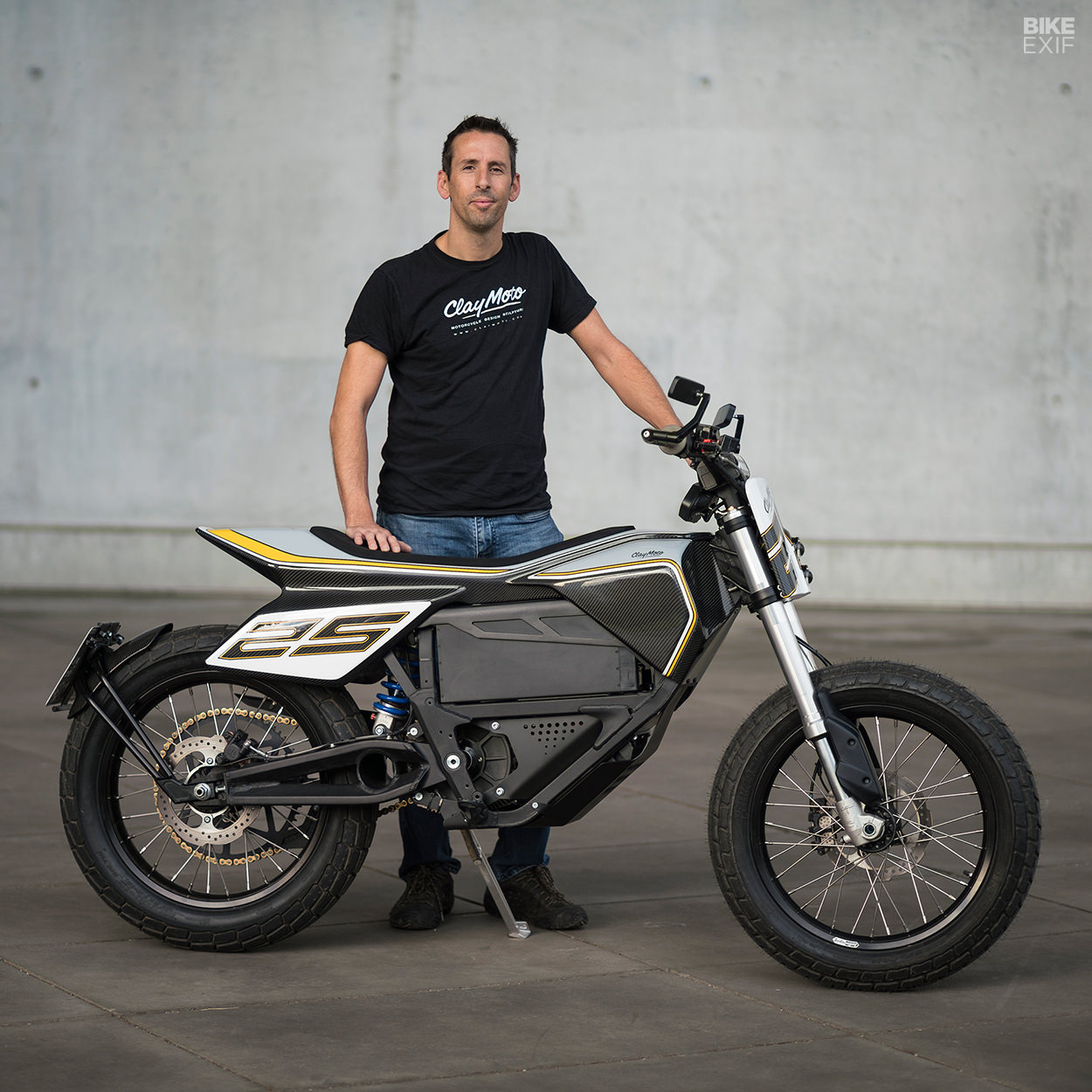 Custom Zero FX electric flat tracker designed by automotive sculptor Nick Graveley
