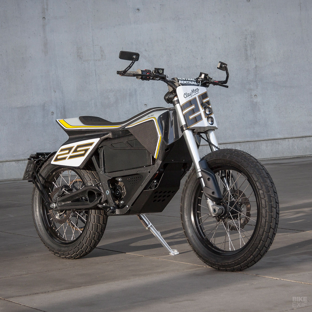 Custom Zero FX electric flat tracker designed by an automotive sculptor