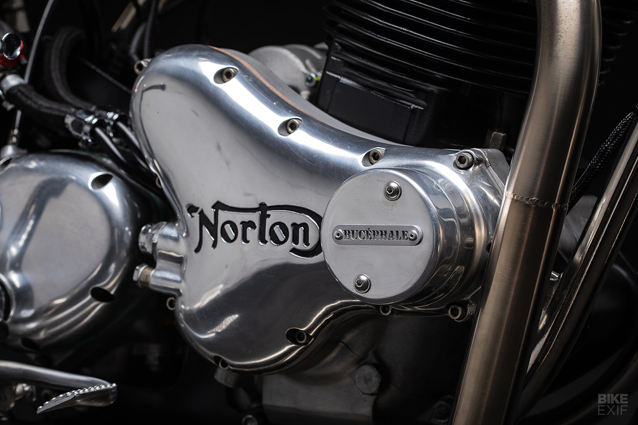 1975 Norton Commando 850 Mk 3 customized by FCR Original
