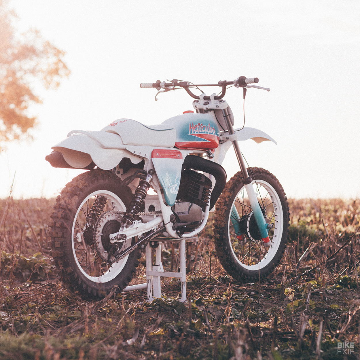 Restomod: A Hercules GS250 scrambler from The Loose Screw in Germany
