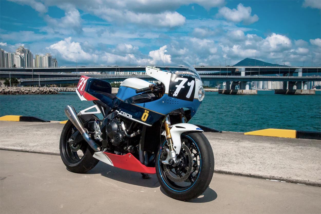 Honda CBR1000RR by Crazy Garage